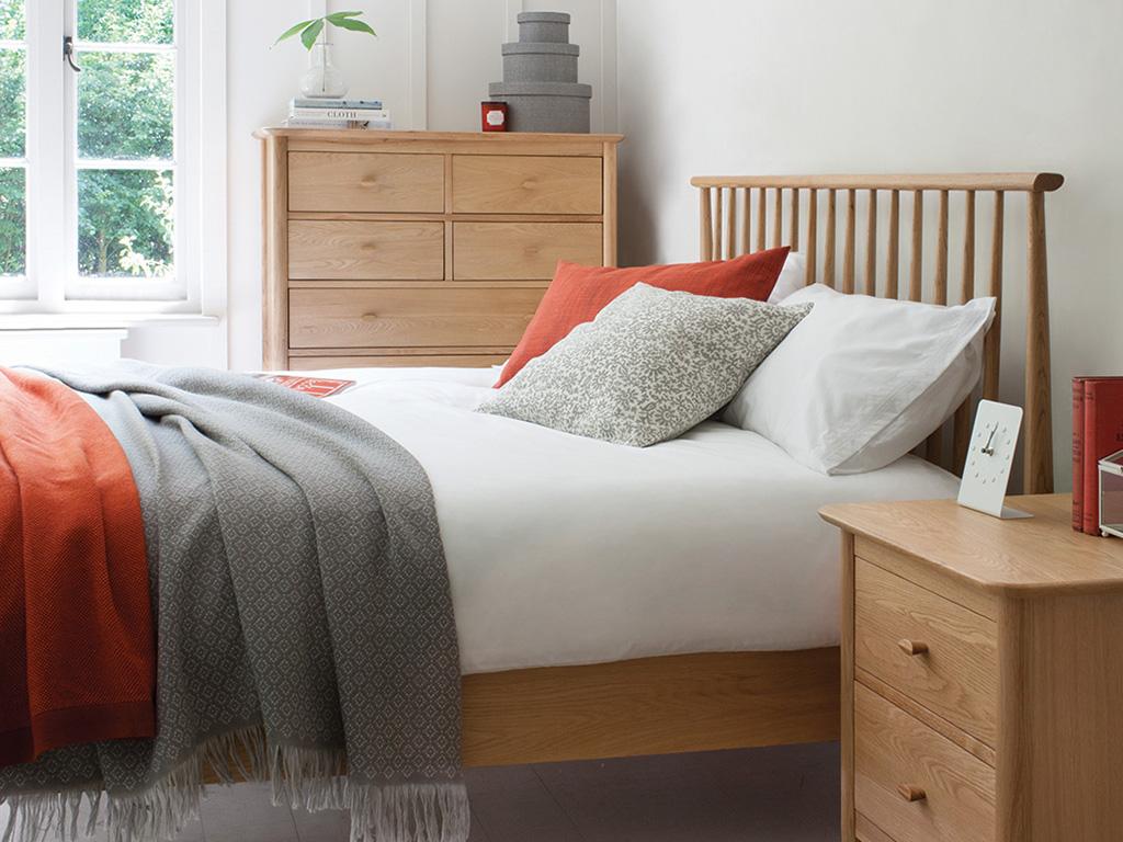 ercol_bedroom_furniture_oak_real_wood_brittish_made
