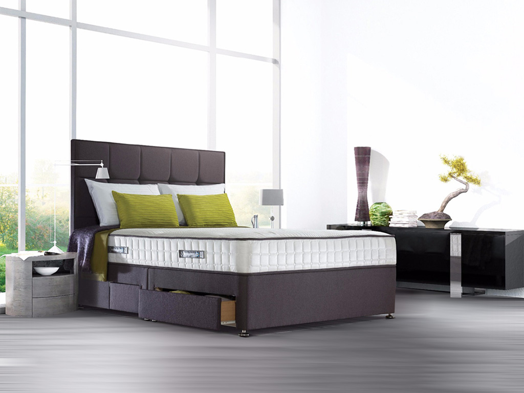 sealy_sapphire_latex_superior_bed